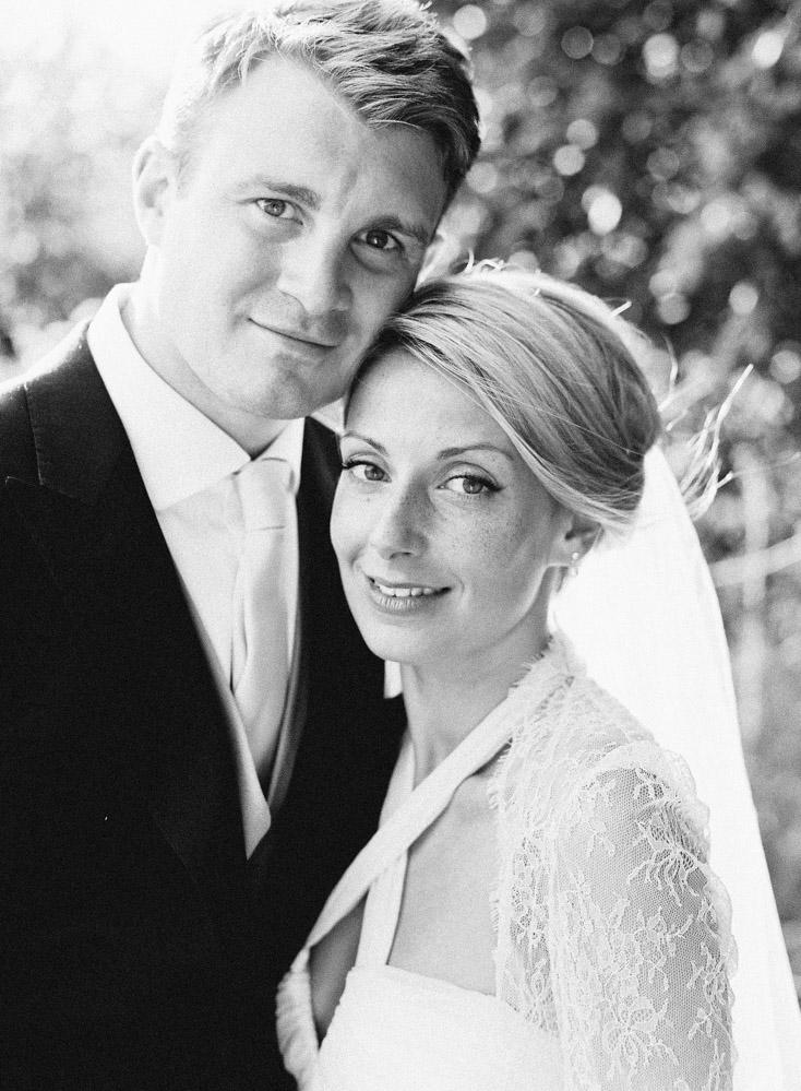 b369d0a0c941 AN ENGLISH COUNTRY GARDEN WEDDING - London Wedding Photographer ...
